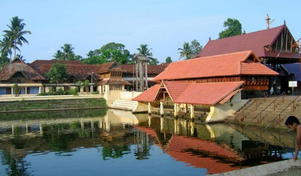 Ambalapuzha Temple.jpg