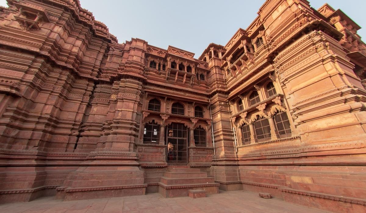 Govind Dev Ji Temple.jpg