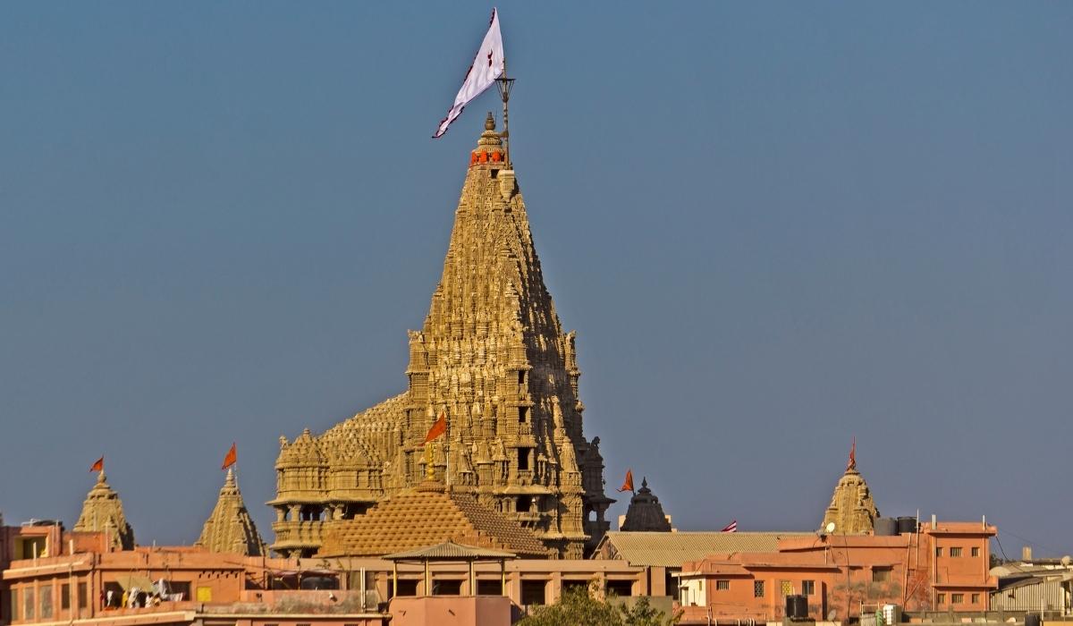 _Shree Dwarkadhish Temple.jpg