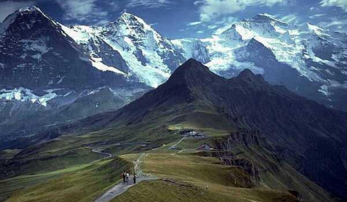 _Bumla Pass.jpg